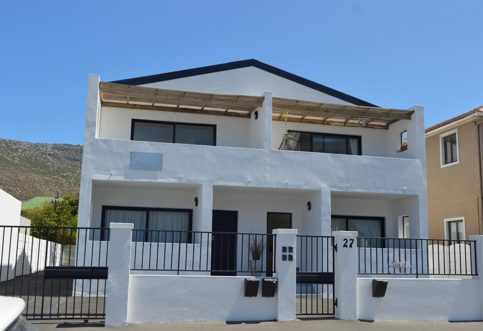 2 Bedroom  Apartment for Sale in Fish Hoek - Western Cape